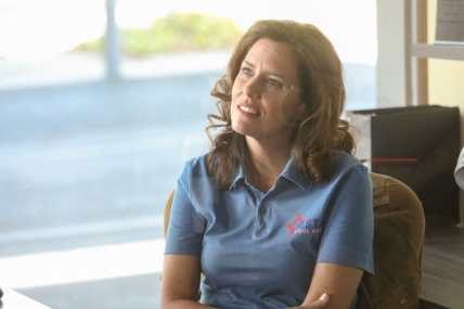 "GOOD GIRLS -- ""Egg Roll"" Episode 303 -- Pictured: Ione Skye as Gayle -- (Photo by: Jordin Althaus/NBC)"